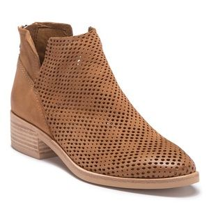 Dolce Vita | NWOT Tommie Perforated Bootie
